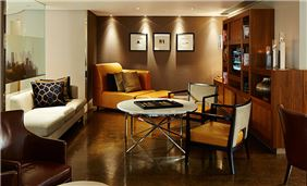G&Tea Lounge at London Marriott Hotel Canary Wharf